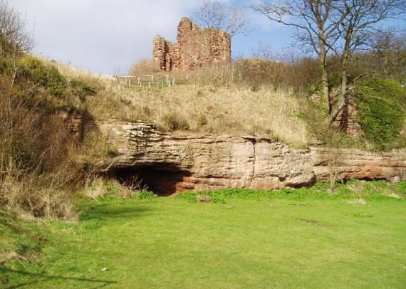 MacDuff Castle, Fife
